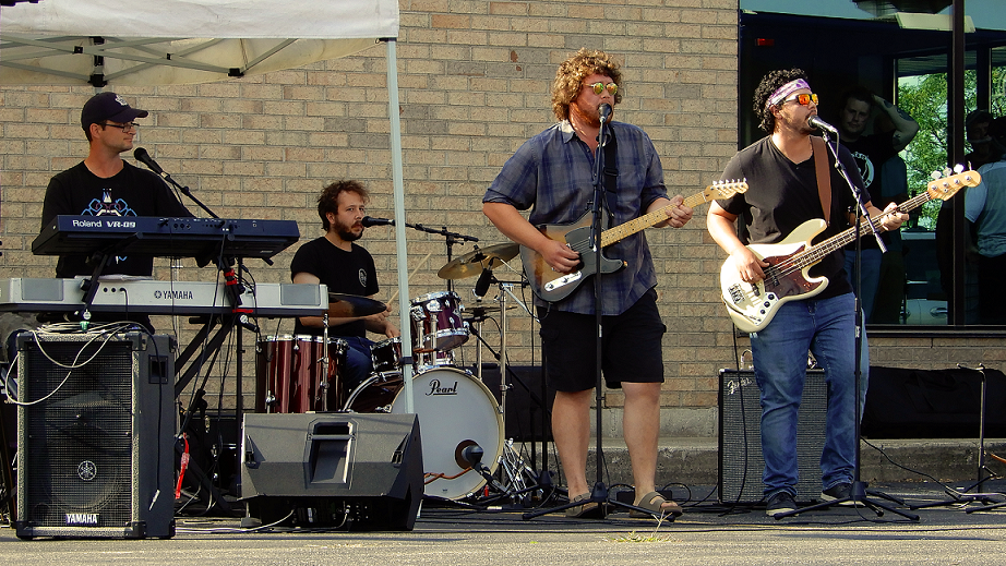 Buffoonery perform at Royal City Studios' inaugural Classic Covers Cool Cars concert event.